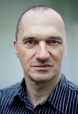 Abbildung Porträtfoto von Günter Schoßböck