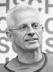 Porträtfoto von Rolf Emmerich